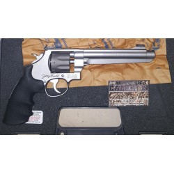 SMITH & WESSON 929...