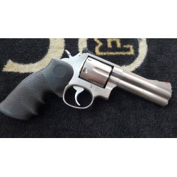 "SMITH & WESSON 686 4"" 357MAG"